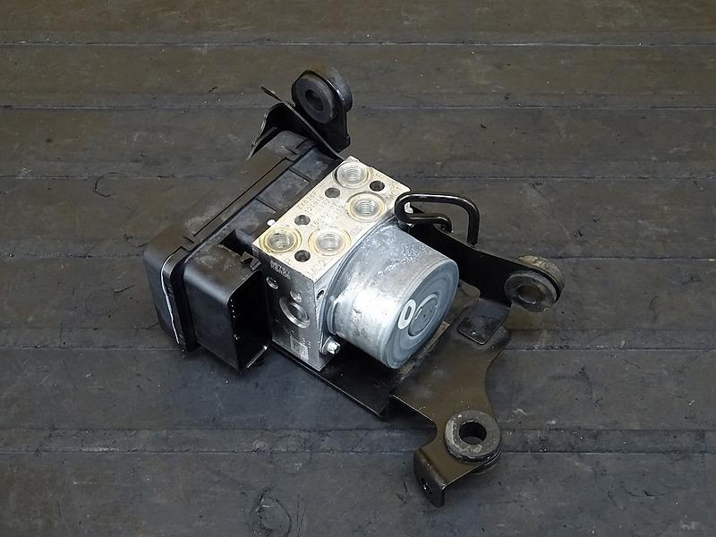 【200406】ZX-6R('13 ABS)■ ABSユニット 【ニンジャ Ninja ZX636F | 中古バイクパーツ通販・買取 ジャンクヤード鳥取 JunkYard