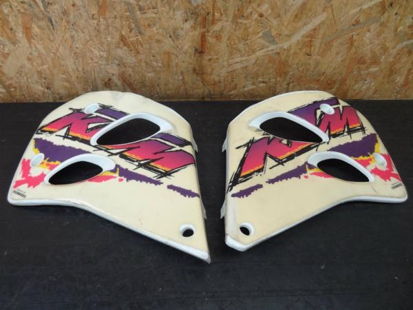 【140930】KTM300EXC◇シュラウド 左右 タンクカバー カウル   中古バイクパーツ通販・買取 ジャンクヤード鳥取 JunkYard