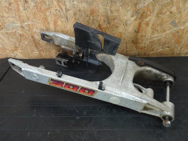 【140930】KTM300EXC◇スイングアーム ピボットシャフト リンク   中古バイクパーツ通販・買取 ジャンクヤード鳥取 JunkYard