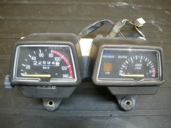 【141011】XT250T(30X)◎メーターユニット スピード タコ難有 | 中古バイクパーツ通販・買取 ジャンクヤード鳥取 JunkYard