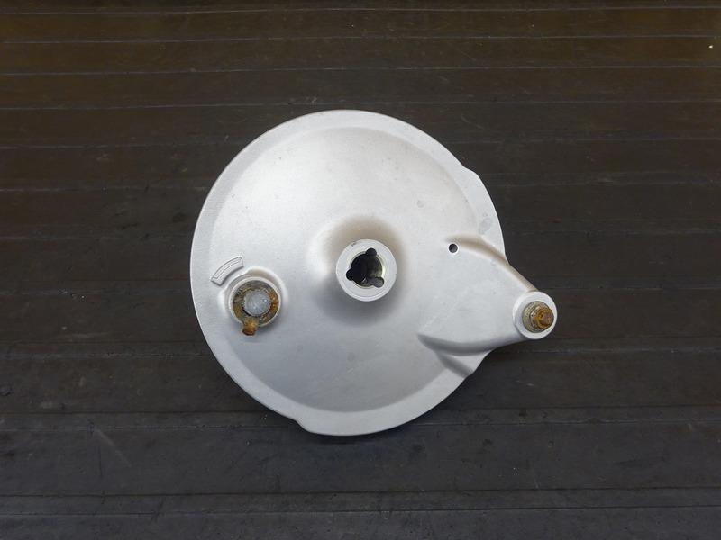 【210714】■ SR400 リアブレーキドラム ドラムパネル ウェットブラスト施工済み!! | 中古バイクパーツ通販・買取 ジャンクヤード鳥取 JunkYard
