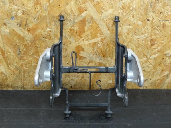 【150220】CB1300SF(SC54)◆ヘッドライトステー ブラケット | 中古バイクパーツ通販・買取 ジャンクヤード鳥取 JunkYard