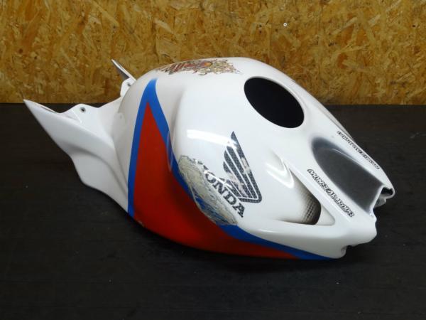 【150518】CBR1000RR'05(SC57)◆タンクカウル カバー FRP 難有   中古バイクパーツ通販・買取 ジャンクヤード鳥取 JunkYard
