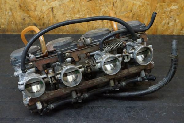 【150901】GPZ1100(ZXT10E)◇キャブレター キャブ 部品取に?難有   中古バイクパーツ通販・買取 ジャンクヤード鳥取 JunkYard