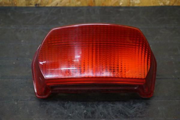 【150901】GPZ1100(ZXT10E)◇テールランプ ライト レンズ   中古バイクパーツ通販・買取 ジャンクヤード鳥取 JunkYard