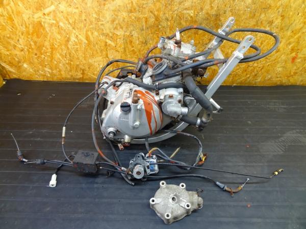 【160714】ウルフ250(VJ21A)◎エンジン 部品取りに?? 難有 | 中古バイクパーツ通販・買取 ジャンクヤード鳥取 JunkYard