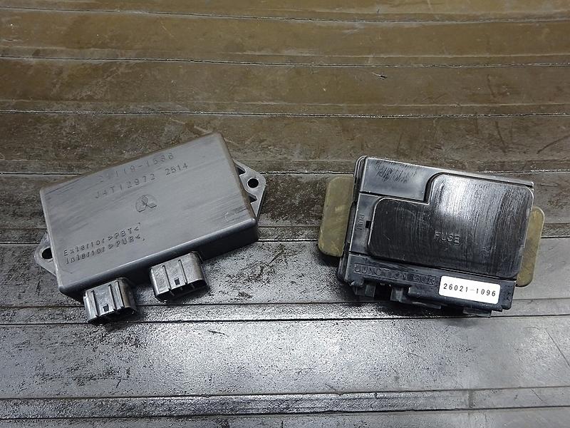 【200115】ZRX1200S(ZRT20A-020)■ CDI イグナイター ジャンクションボックス 【ZRX1200R | 中古バイクパーツ通販・買取 ジャンクヤード鳥取 JunkYard