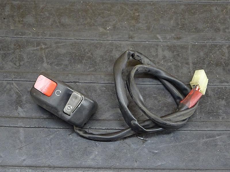 【200221】セロー250(DG17J-000)■ ハンドルスイッチ右 スイッチボックス右 キルスイッチ | 中古バイクパーツ通販・買取 ジャンクヤード鳥取 JunkYard