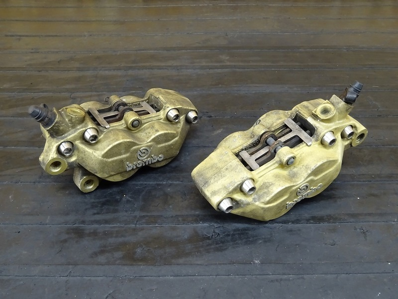 【200601】ZRX1200R(ZRT20A-010)■ 社外フロントブレーキキャリパー左右セット brembo ブレンボ 40㎜ 【ZRX1100 ZRX1200S   中古バイクパーツ通販・買取 ジャンクヤード鳥取 JunkYard