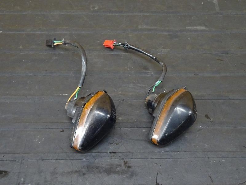 【201029】NSR250R(MC16-1008)■ 純正フロントウインカー左右セット ウィンカー | 中古バイクパーツ通販・買取 ジャンクヤード鳥取 JunkYard