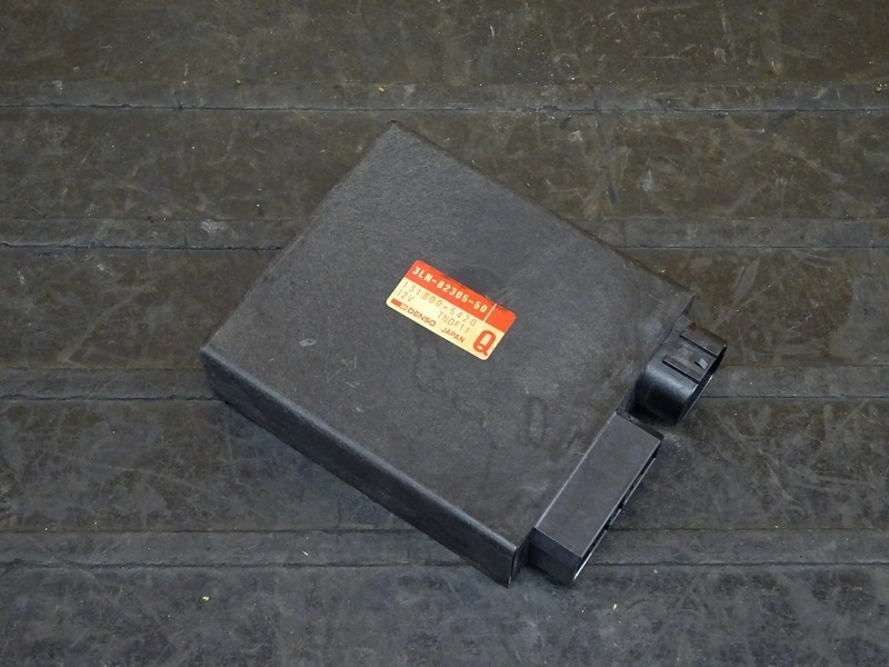 【201126】FZR250R(3LN-282)◇ CDI イグナイター | 中古バイクパーツ通販・買取 ジャンクヤード鳥取 JunkYard