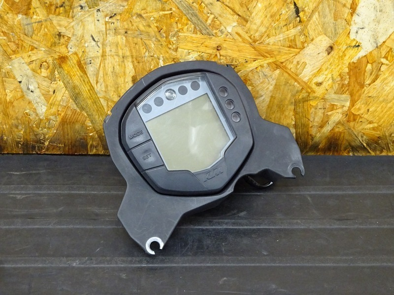 【210113】KTM 125DUKE■ スピードメーター タコメーター インジケーターランプ 39382㎞ 【デューク 200 | 中古バイクパーツ通販・買取 ジャンクヤード鳥取 JunkYard