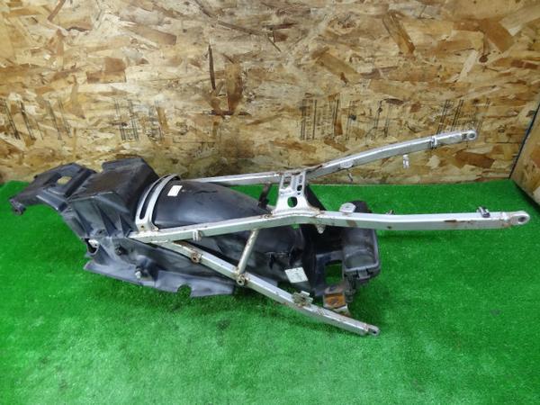 VFR400(NC21)◇シートレール インナーフェンダー 小物入れ | 中古バイクパーツ通販・買取 ジャンクヤード鳥取 JunkYard