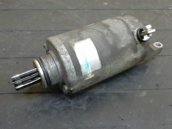【141112】バンディット250(GJ74A)◎セルモーター スターター | 中古バイクパーツ通販・買取 ジャンクヤード鳥取 JunkYard