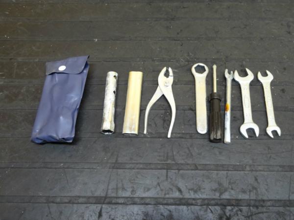 【150701】ドリーム50(AC15)◆車載工具 ツール | 中古バイクパーツ通販・買取 ジャンクヤード鳥取 JunkYard