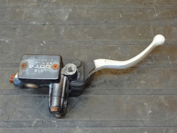 【150830】SL230(MD33)◎フロントブレーキマスター 難有 | 中古バイクパーツ通販・買取 ジャンクヤード鳥取 JunkYard