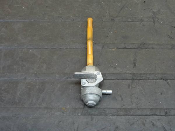 【150623】CBX125F(JC11)◆フューエルコック 燃料 ガソリン | 中古バイクパーツ通販・買取 ジャンクヤード鳥取 JunkYard