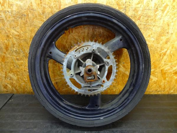 【160415】RGV250Γ(VJ21A)◎リアホイール 18×4.00 難有 | 中古バイクパーツ通販・買取 ジャンクヤード鳥取 JunkYard