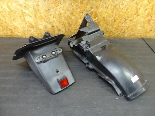 【160526】VT250FG(MC15)◆リアフェンダー インナー バッテリー | 中古バイクパーツ通販・買取 ジャンクヤード鳥取 JunkYard