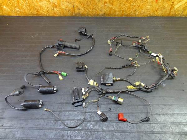 【161124】GPZ250R(EX250E)☆ハーネス CDI コイル電装[GPX250R? | 中古バイクパーツ通販・買取 ジャンクヤード鳥取 JunkYard