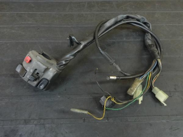 【170518】XJR1300(RP03J-004)◇ハンドルスイッチ 左 ウインカースイッチ 【5EA | 中古バイクパーツ通販・買取 ジャンクヤード鳥取 JunkYard