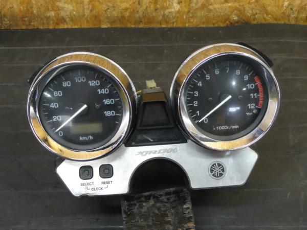 【170518】XJR1300(RP03J-004)◇メーターユニット スピード タコ 燃料計 【5EA | 中古バイクパーツ通販・買取 ジャンクヤード鳥取 JunkYard