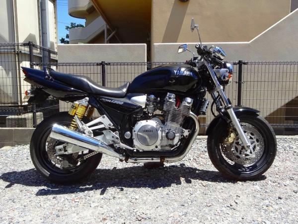 XJR1300(RP01J-002)☆エンジン始動 走行可 部品取り ベースに!! | 中古バイクパーツ通販・買取 ジャンクヤード鳥取 JunkYard