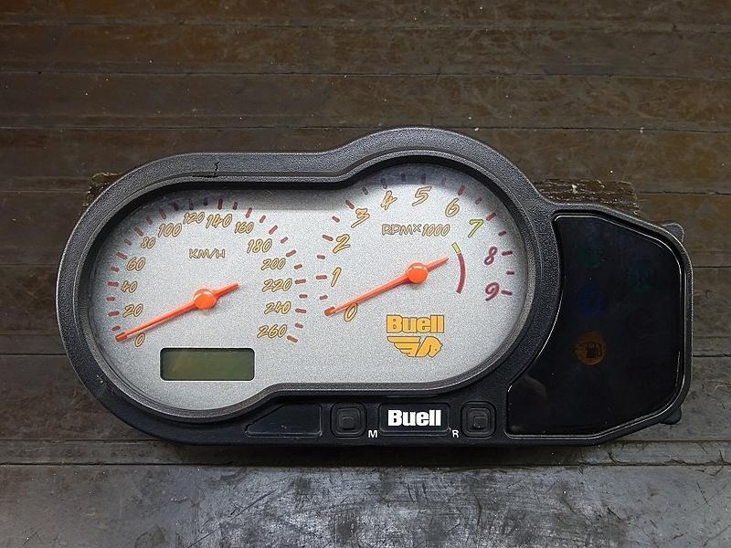 【180831.F】Buell XB9S ライトニング● スピードメーター(16021㎞) タコメーター インジケーター 【ビューエル | 中古バイクパーツ通販・買取 ジャンクヤード鳥取 JunkYard