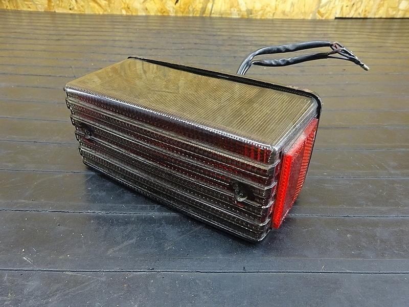 【200106】GPZ400F(ZX400A-025)■ テールランプ ブレーキランプ 【GPZ400 | 中古バイクパーツ通販・買取 ジャンクヤード鳥取 JunkYard