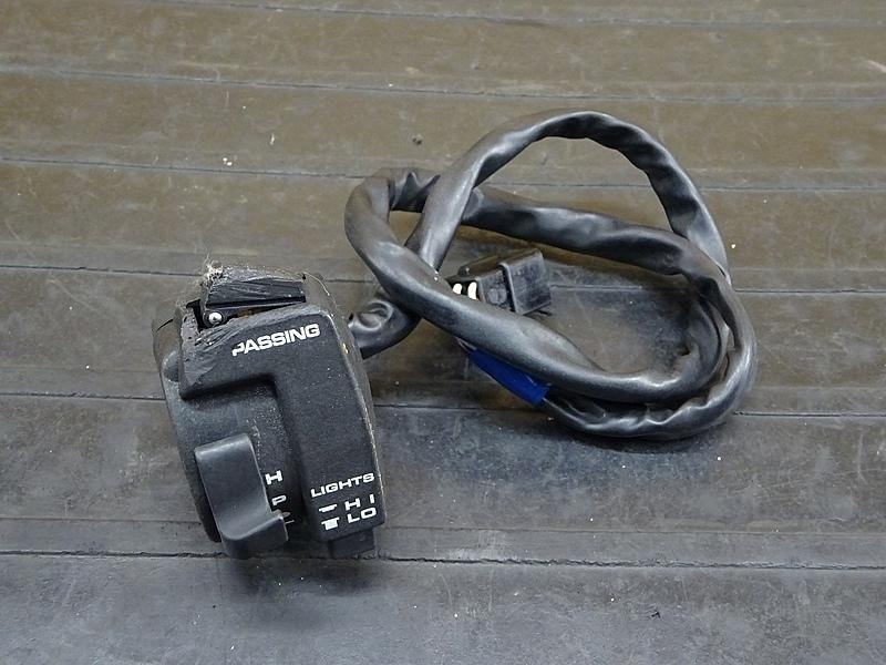 【200118】NSR250R SE(MC21-1073)■ ハンドルスイッチ左 スイッチボックス左 | 中古バイクパーツ通販・買取 ジャンクヤード鳥取 JunkYard