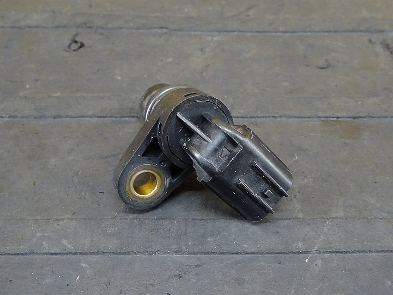 【000A】CBR1000RR(SC59-1200)■ カムアングルセンサー 【エンジンパーツ | 中古バイクパーツ通販・買取 ジャンクヤード鳥取 JunkYard