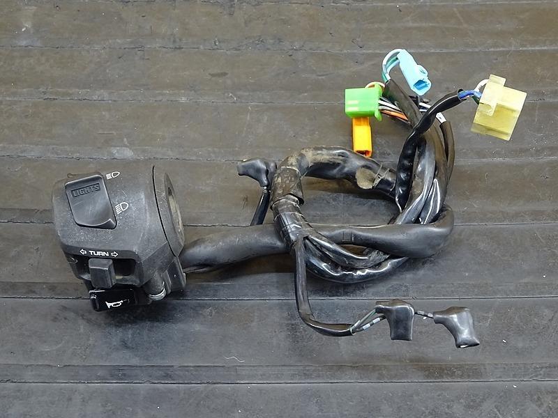 【200330】VTR250 Fi(MC33-1401)◇ ハンドルスイッチ左 スイッチボックス左 【インジェクション   中古バイクパーツ通販・買取 ジャンクヤード鳥取 JunkYard