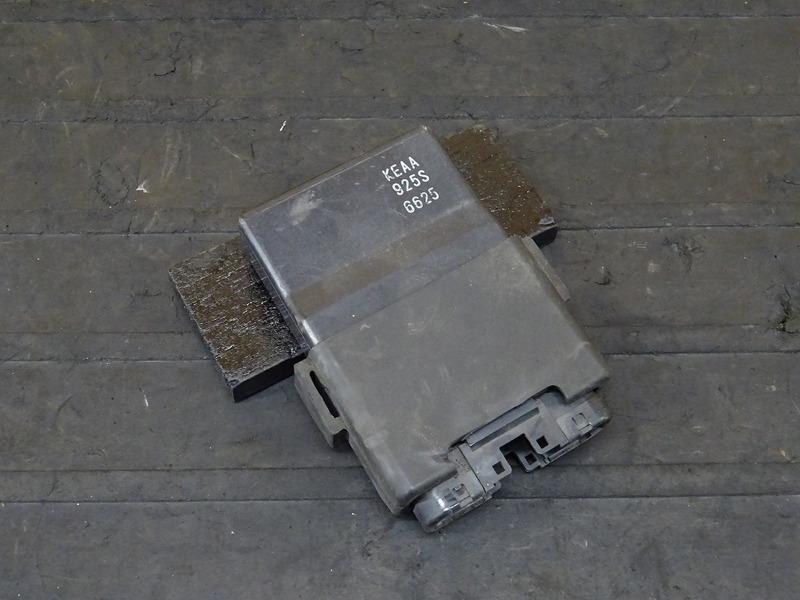 【200827】ホーネット250(MC31-1051)■ CDI イグナイター | 中古バイクパーツ通販・買取 ジャンクヤード鳥取 JunkYard