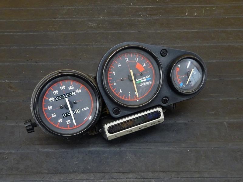 【210621】ZXR400(ZX400L-306)■ スピードメーター タコメーター インジケーターランプ 20423㎞ リミッターカット 【ZXR400R   中古バイクパーツ通販・買取 ジャンクヤード鳥取 JunkYard