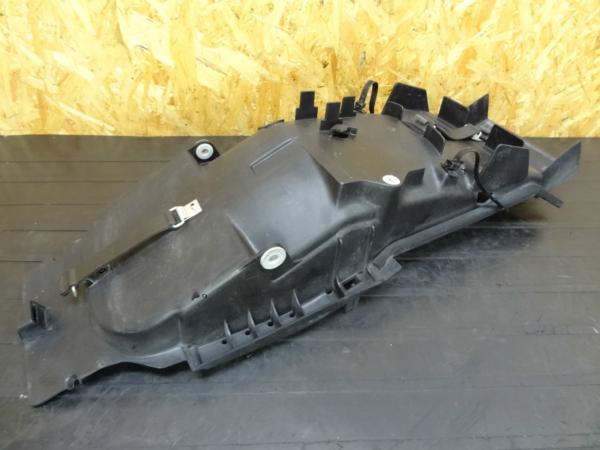 【141205】XJR400R(RH02J)◎リアインナーフェンダー | 中古バイクパーツ通販・買取 ジャンクヤード鳥取 JunkYard
