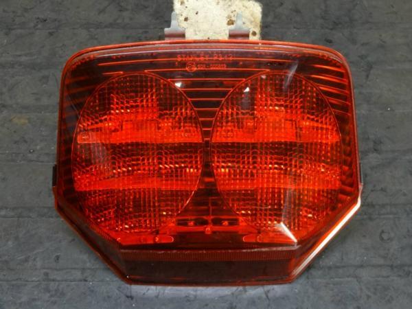 【150310】CB1300SF(SC54)ABS◆テールランプ レンズ ユニット | 中古バイクパーツ通販・買取 ジャンクヤード鳥取 JunkYard