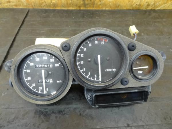 【150519】FZR250R(3LN)◎メーターユニット タコ スピード 難有 | 中古バイクパーツ通販・買取 ジャンクヤード鳥取 JunkYard