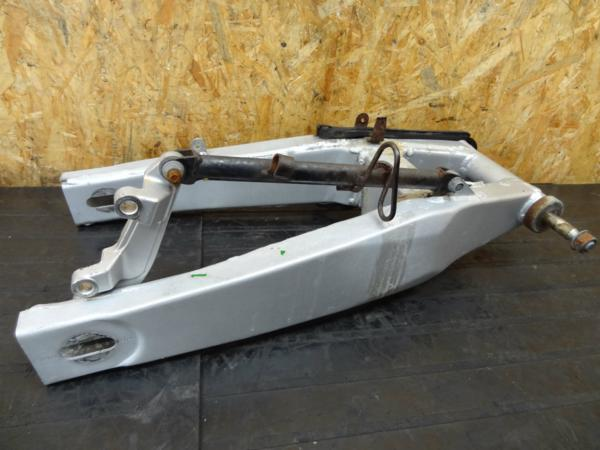 【150519】FZR250R(3LN)◎スイングアーム ピボット トルクロッド | 中古バイクパーツ通販・買取 ジャンクヤード鳥取 JunkYard