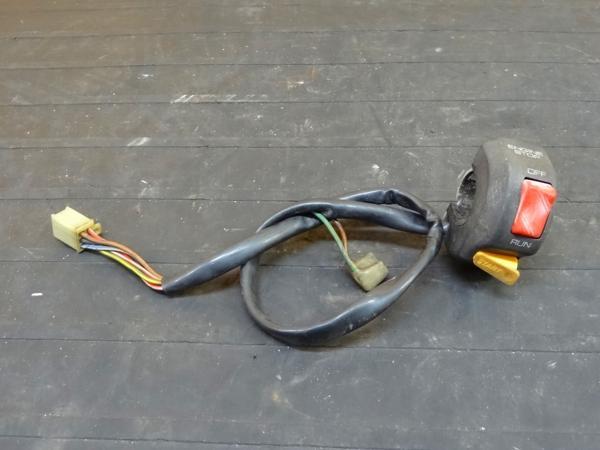 【151002】FZR400RR(3TJ)◎ハンドルスイッチ右 キル セル   中古バイクパーツ通販・買取 ジャンクヤード鳥取 JunkYard