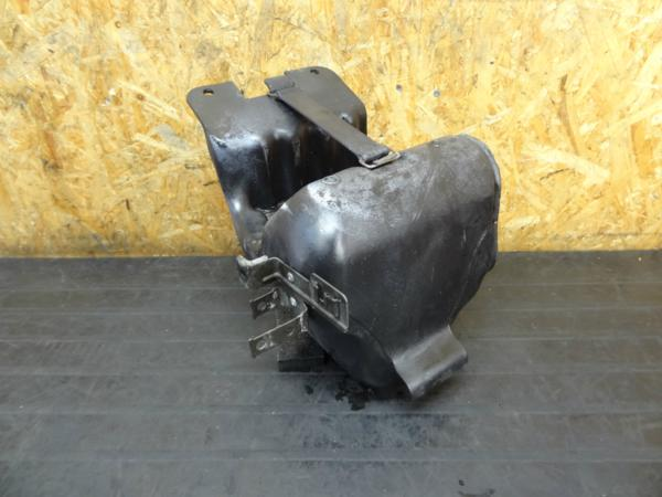 【160210】CB400FOUR(NC36)◆バッテリーボックス 小物入れ | 中古バイクパーツ通販・買取 ジャンクヤード鳥取 JunkYard