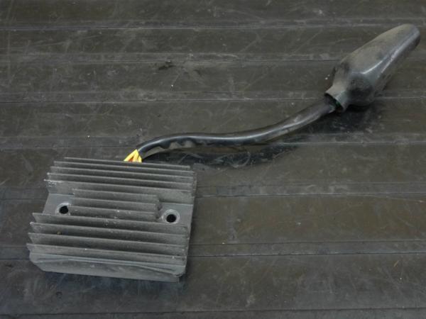 【160517】VFR800(RC46)◇レギュレーター レギュレター['99逆車 | 中古バイクパーツ通販・買取 ジャンクヤード鳥取 JunkYard