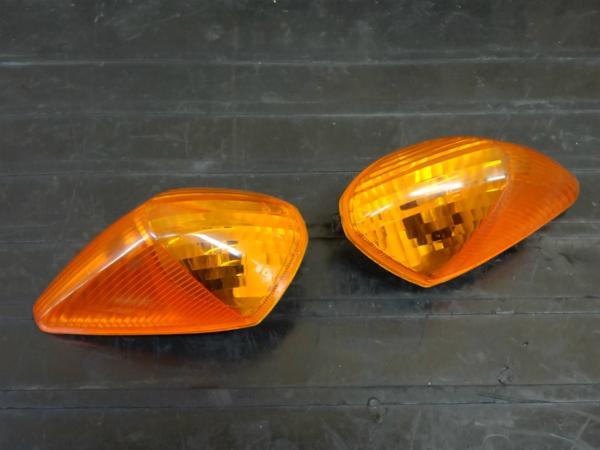 【160517】VFR800(RC46)◇フロントウインカー 左右 【'99 逆車 | 中古バイクパーツ通販・買取 ジャンクヤード鳥取 JunkYard