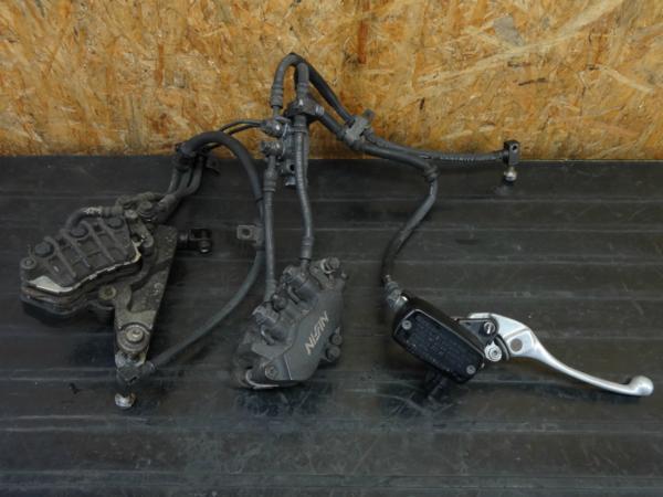 【160517】VFR800(RC46)◇フロントブレーキキャリパー マスター | 中古バイクパーツ通販・買取 ジャンクヤード鳥取 JunkYard