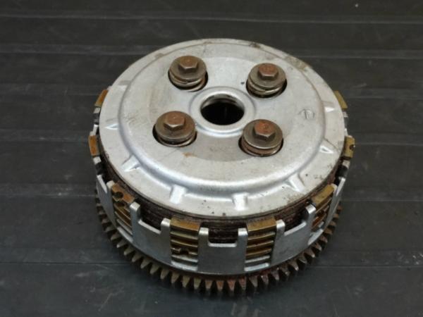 [160918]エストレア(BJ250A)◇クラッチハウジング 難有[エンジン | 中古バイクパーツ通販・買取 ジャンクヤード鳥取 JunkYard