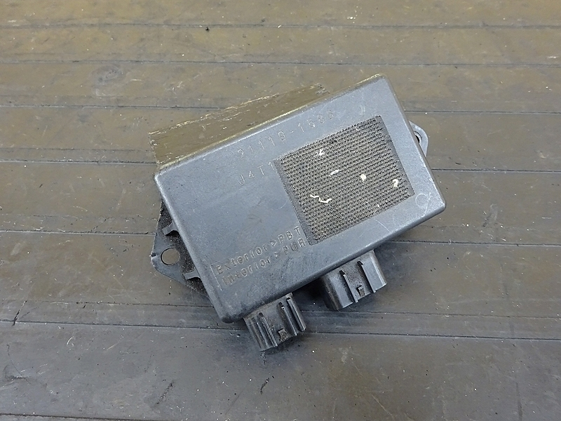 【190604.K】ZRX1200R(ZRT20A-020)★ CDI イグナイター | 中古バイクパーツ通販・買取 ジャンクヤード鳥取 JunkYard