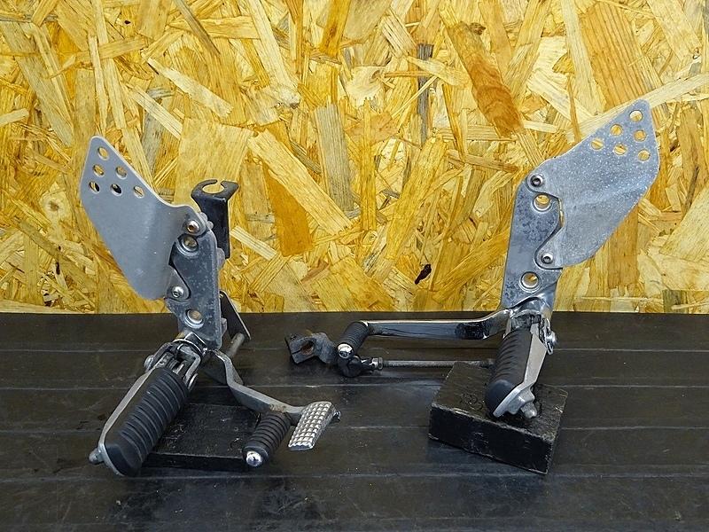 【190828.K】ZRX1200R(ZRT20A-020)★ ステップ 左右 メイン ペダル シフトロット | 中古バイクパーツ通販・買取 ジャンクヤード鳥取 JunkYard