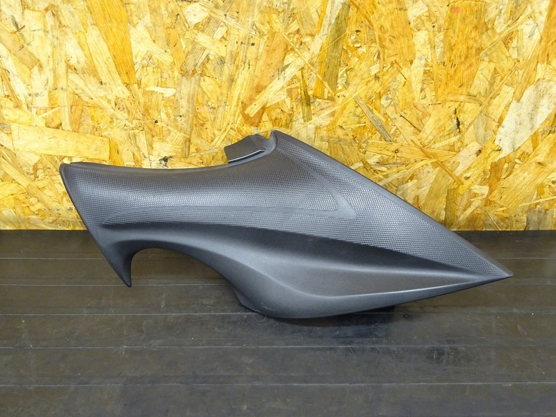 【200615】GSX-S1000 ABS '16■ 純正サイドカバー右 【S1000F | 中古バイクパーツ通販・買取 ジャンクヤード鳥取 JunkYard