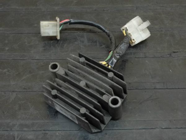 【160701】MVX250F(MC09)◇レギュレーター レギュレター | 中古バイクパーツ通販・買取 ジャンクヤード鳥取 JunkYard