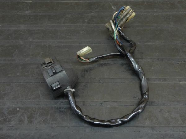 【160701】MVX250F(MC09)◇ハンドルスイッチ 左 ウインカーSW | 中古バイクパーツ通販・買取 ジャンクヤード鳥取 JunkYard