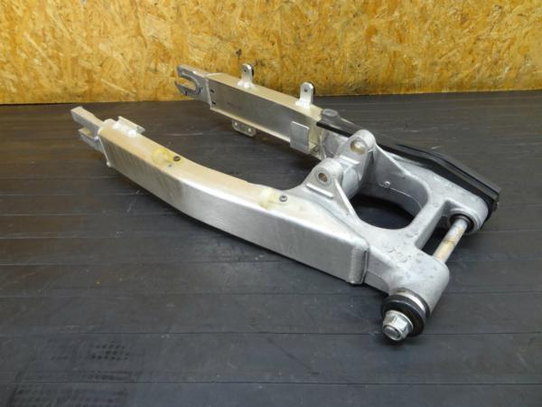 【160928】XR250(MD30)◆スイングアーム ピボットシャフト | 中古バイクパーツ通販・買取 ジャンクヤード鳥取 JunkYard